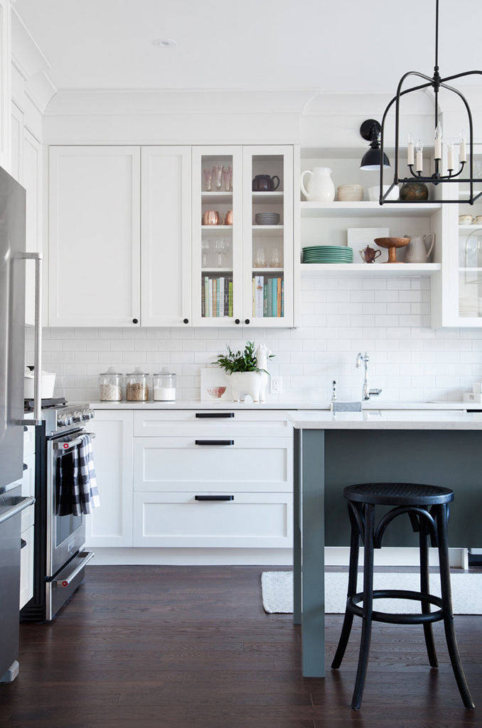 8 Gorgeous Kitchens with Open Shelving